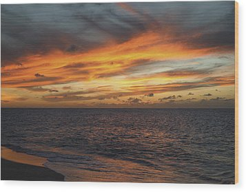 North Shore Sunset Wood Print by Vince Cavataio