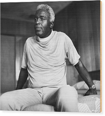 Jackie Robinson (1919-1972) Wood Print by Granger