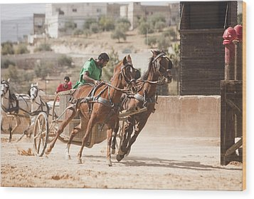 A Chariot Race In The Hippodrome Wood Print by Taylor S. Kennedy