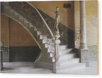 A Circular Marble Staircase And Statue Wood Print by Kenneth Ginn
