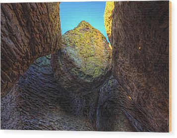 A Rock Balanced Precariously Wood Print by Robert Postma