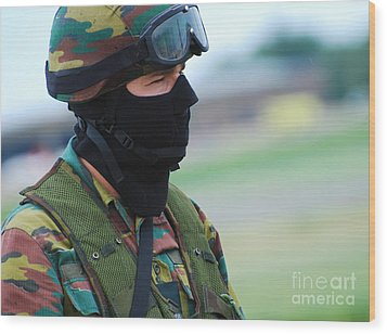 A Soldier Of The Special Forces Group Wood Print by Luc De Jaeger