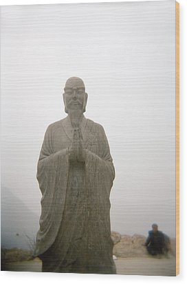 A Statue Of A Buddhist Monk In China Wood Print by Justin Guariglia