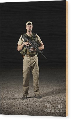 A U.s. Police Officer Contractor Wood Print by Terry Moore