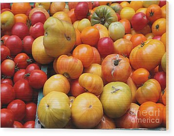 A Variety Of Fresh Tomatoes - 5d17811 Wood Print by Wingsdomain Art and Photography