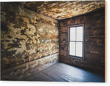 Abandoned Smoky Mountains Farm House - The Window Wood Print by Dave Allen