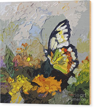 Abstract Butterfly On Lantana Wood Print by Ginette Callaway