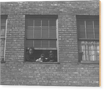 African American Children At Window Wood Print by Everett