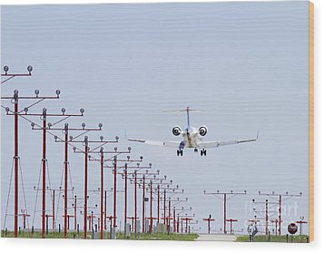 Airplane Landing Wood Print by Jeremy Woodhouse