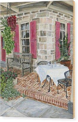 Al Fresco At The Carversville Inn Wood Print