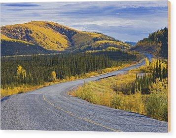 Alaska Highway Near Beaver Creek Wood Print by Yves Marcoux