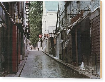 Alley In Old Quebec Wood Print by Cedric Hampton