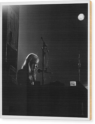 Allman Brothers Greg Allman In Concert Wood Print