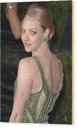 Amanda Seyfried At Arrivals For Vanity Wood Print by Everett