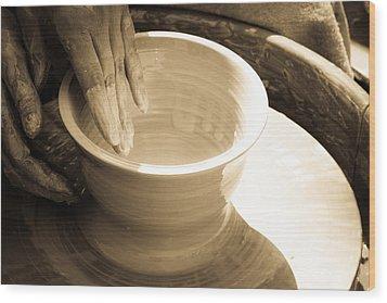 Amazing Hands II Wood Print by Emanuel Tanjala