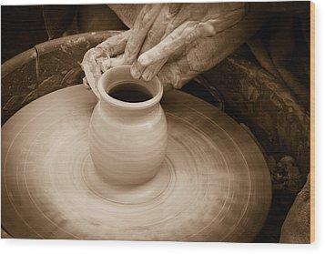 Amazing Hands Iv Wood Print by Emanuel Tanjala