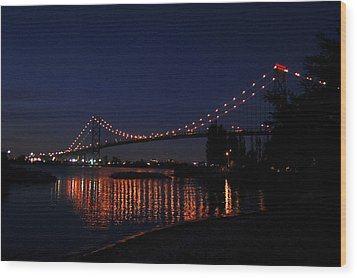 Ambassador Bridge At Night Wood Print