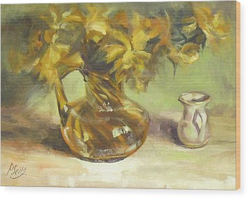 Amber Display Wood Print by Patricia Seitz