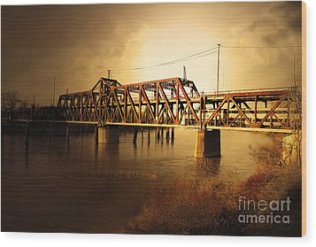 Amtrak California Gold Usa Wood Print by Wingsdomain Art and Photography