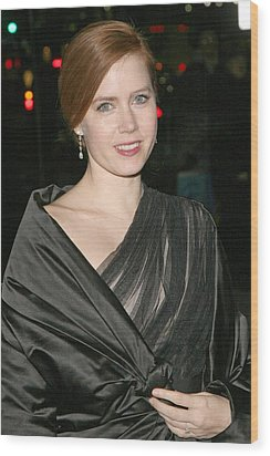 Amy Adams At Arrivals For The 2008 Wood Print by Everett