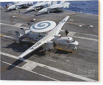 An E-2c Hawkeye Lands On The Flight Wood Print by Stocktrek Images