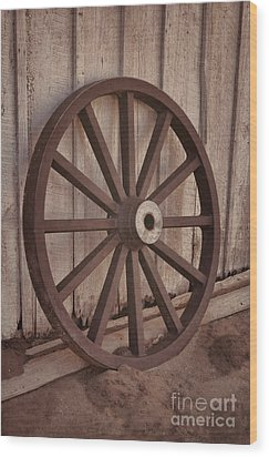 An Old Wagon Wheel Wood Print