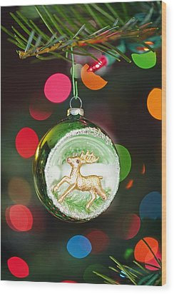 An Ornament With A Reindeer Hanging Wood Print by Craig Tuttle