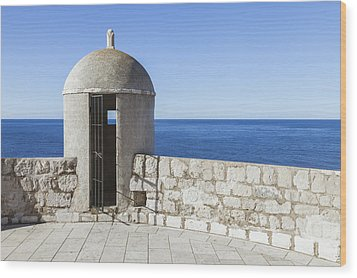 An Outpost Overlooking The Adriatic Sea Wood Print by Greg Stechishin