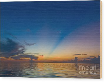 Anticrepuscular Rays Wood Print by Jen TenBarge
