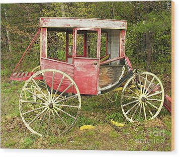 Wood Print featuring the photograph Old Horse Drawn Carriage by Sherman Perry