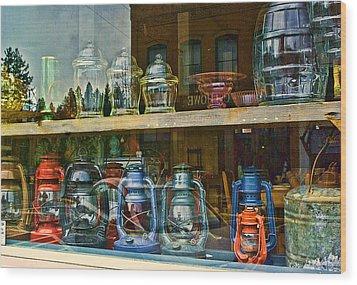 Antiques For Sale Wood Print by Dale Stillman