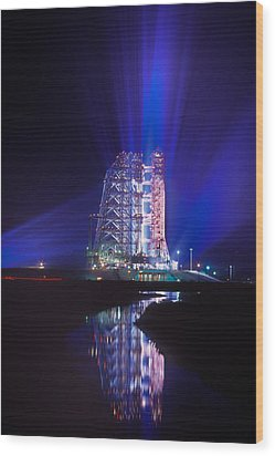 Apollo 11 Sits On Its Launchpad Wood Print by O. Louis Mazzatenta
