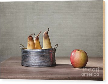 Apple And Pears 01 Wood Print by Nailia Schwarz