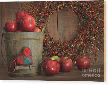 Apples In Wood Bucket For Holiday Baking Wood Print by Sandra Cunningham