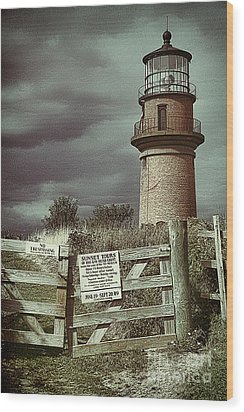 Wood Print featuring the photograph Aquinah Light II Marthas Vineyard by Jack Torcello