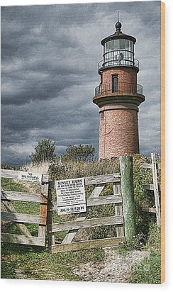 Wood Print featuring the photograph Aquinnah Light I Marthas Vineyard by Jack Torcello