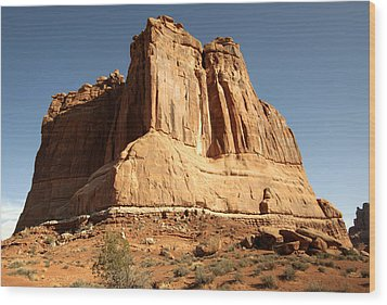 Arches N P The Courthouse Towers View Wood Print by Paul Cannon