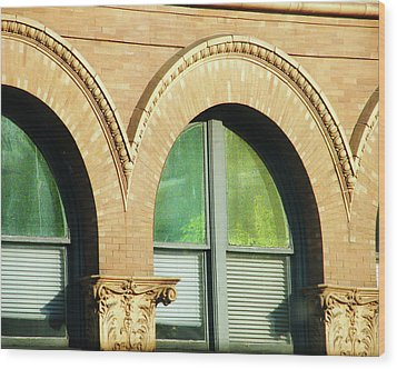 Wood Print featuring the photograph Architecture Memphis by Lizi Beard-Ward