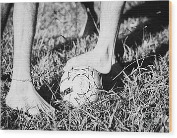 Argentinian Hispanic Men Start A Football Game Barefoot In The Park On Grass Wood Print by Joe Fox