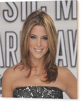 Ashley Greene At Arrivals For 2010 Mtv Wood Print by Everett