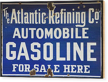 Atlantic Refining Co Sign Wood Print by Bill Cannon