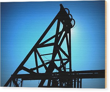 Wood Print featuring the photograph Audrey Mine Shaft Headframe In Jerome by Cindy Wright