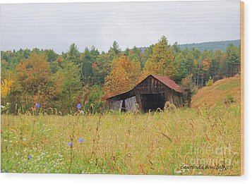 Autumn Glow Wood Print by Laurinda Bowling