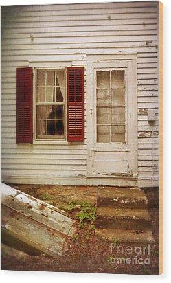 Back Door Of Old Farmhouse Wood Print by Jill Battaglia