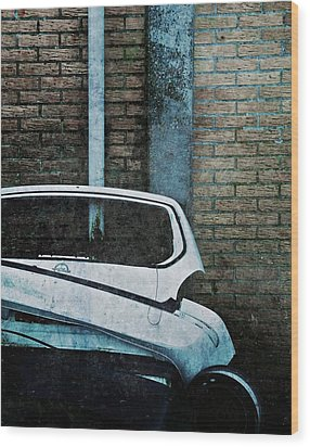Back To The Wall Wood Print by Odd Jeppesen