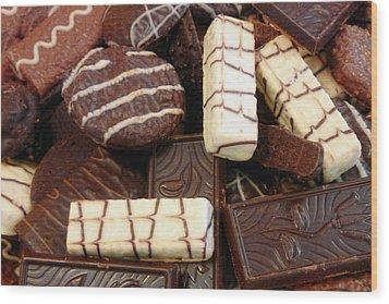 Baker - Who Wants Cookies Wood Print by Mike Savad