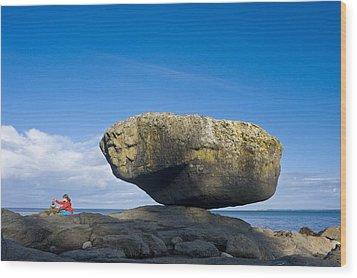 Balance Rock, British Columbia Wood Print by David Nunuk