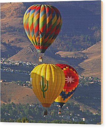 Balloons Over Reno Wood Print