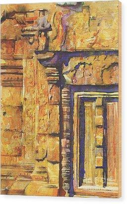 Banteay Srei Doorway Wood Print by Ryan Fox