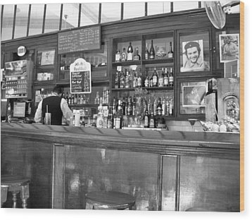 Wood Print featuring the photograph Bar In Old Havana by Lynn Bolt